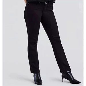 Levis 314 Shaping Straight black woman 25